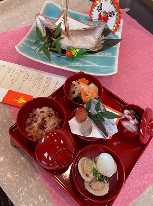 お食い初め膳(鯛の姿焼き入り)